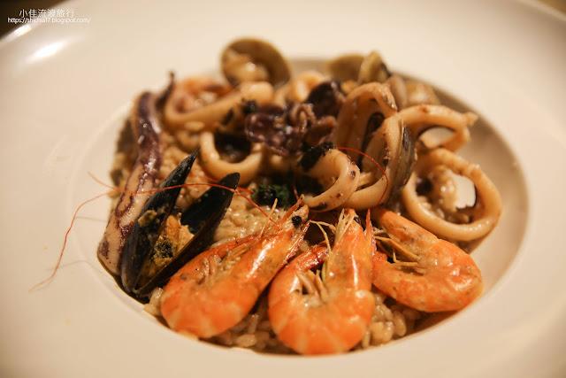綜合海鮮白松露醬燉飯