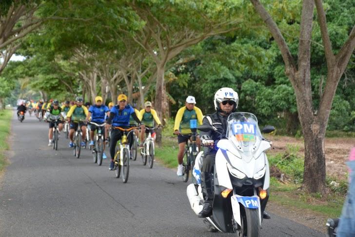 Kapenrem, Personil Korem 141/Tp, Balakrem, PNS Laksanakan Sepeda Santai  Diawal Tahun 2020