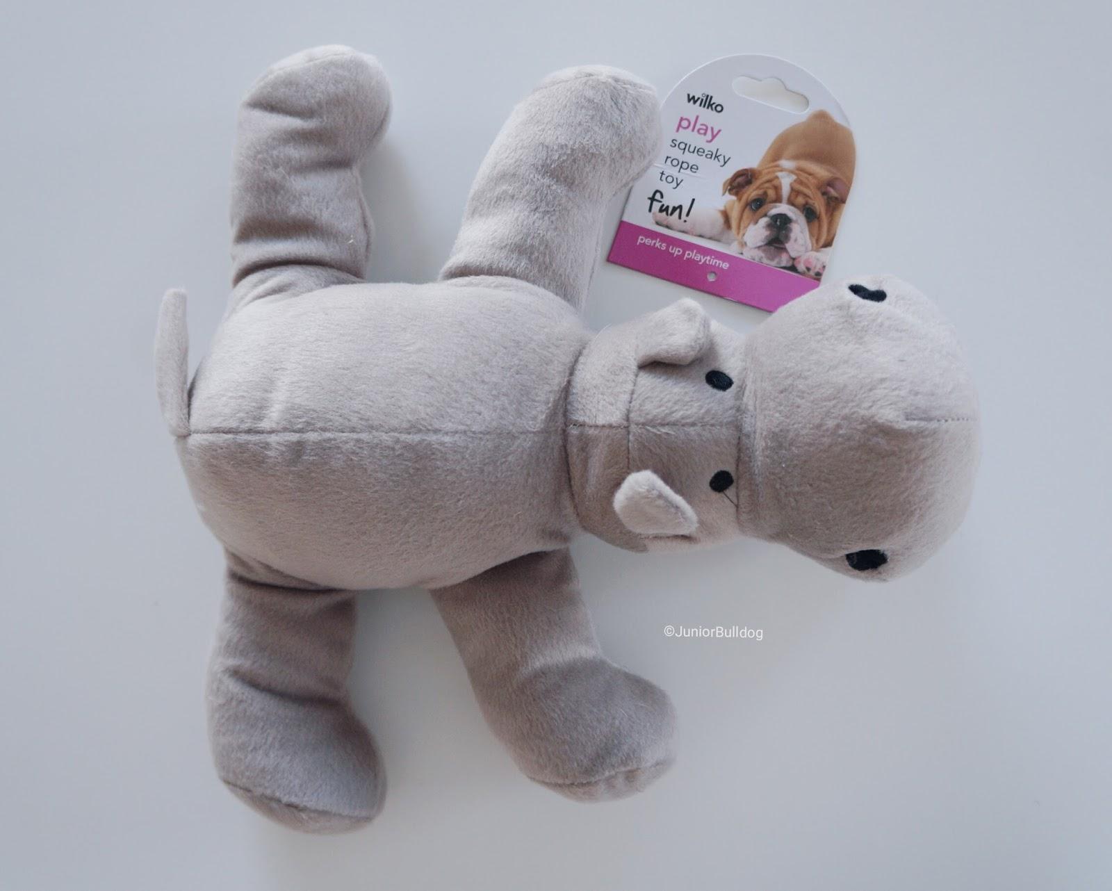 peluche doudou hippopotame chien bulldog anglais