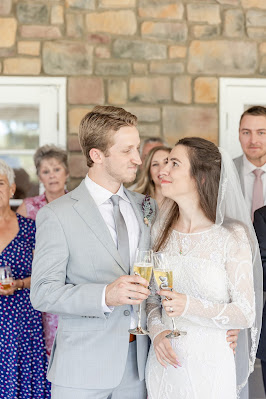 wedding toasts with champagne glasses