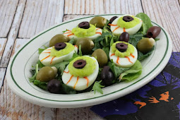 Deviled Egg Eyeballs for Halloween Party