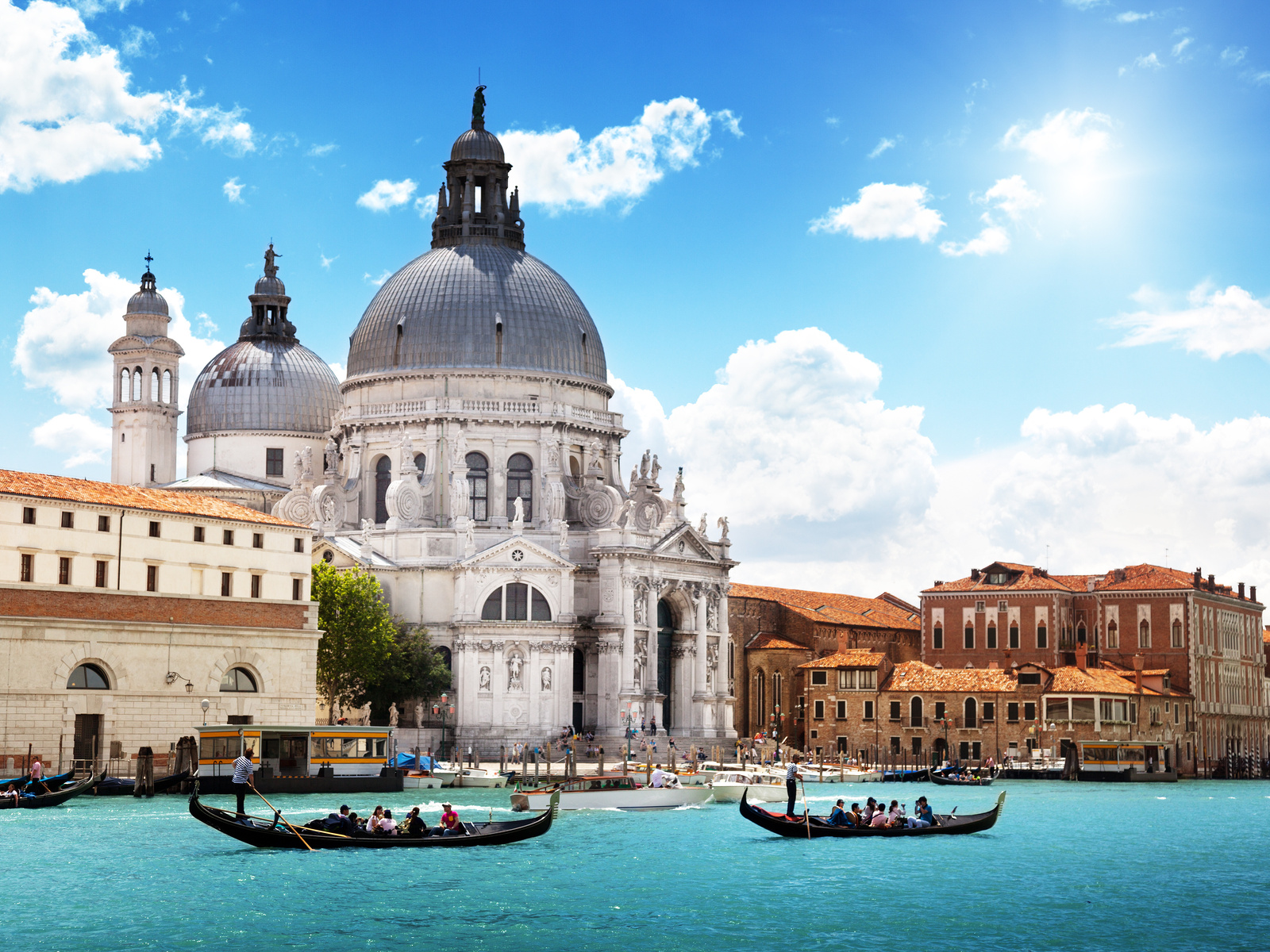 10 TOP Places To Visit in Venice