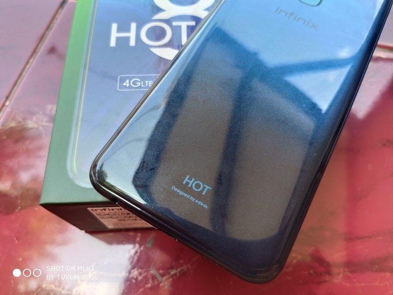 Desain Infinix Hot 8