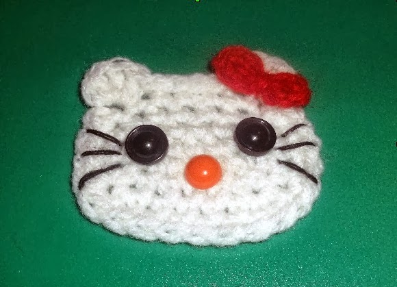 Cute designs: hello kitty applique crochet pattern