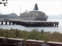 Petualangan Kapal Pesiar MS Artania di Indonesia