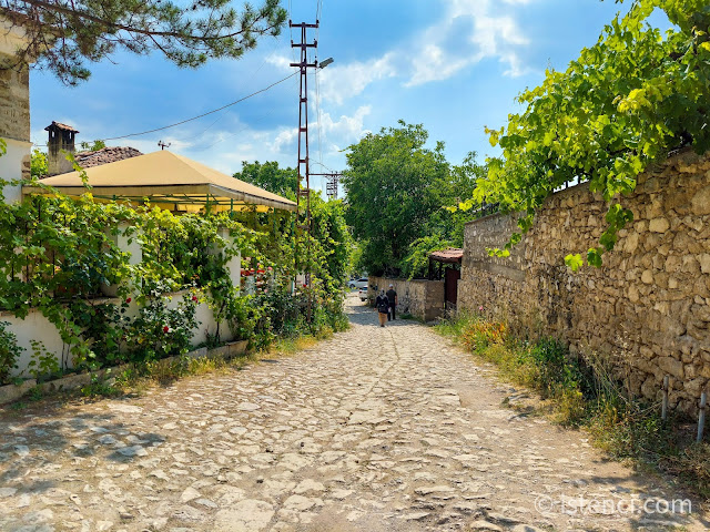 Safranbolu, Tarihi Yörük Köyünde Bulunan Osmanlı Kaldırımları