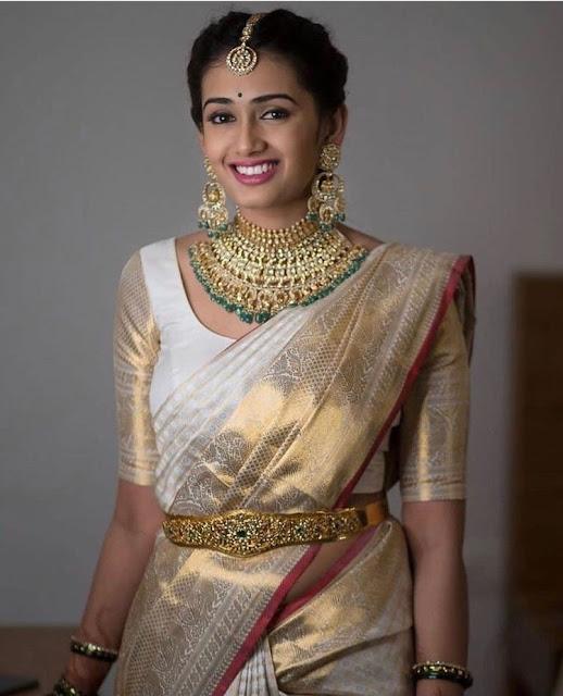 Bride in Heavy Kundan Choker