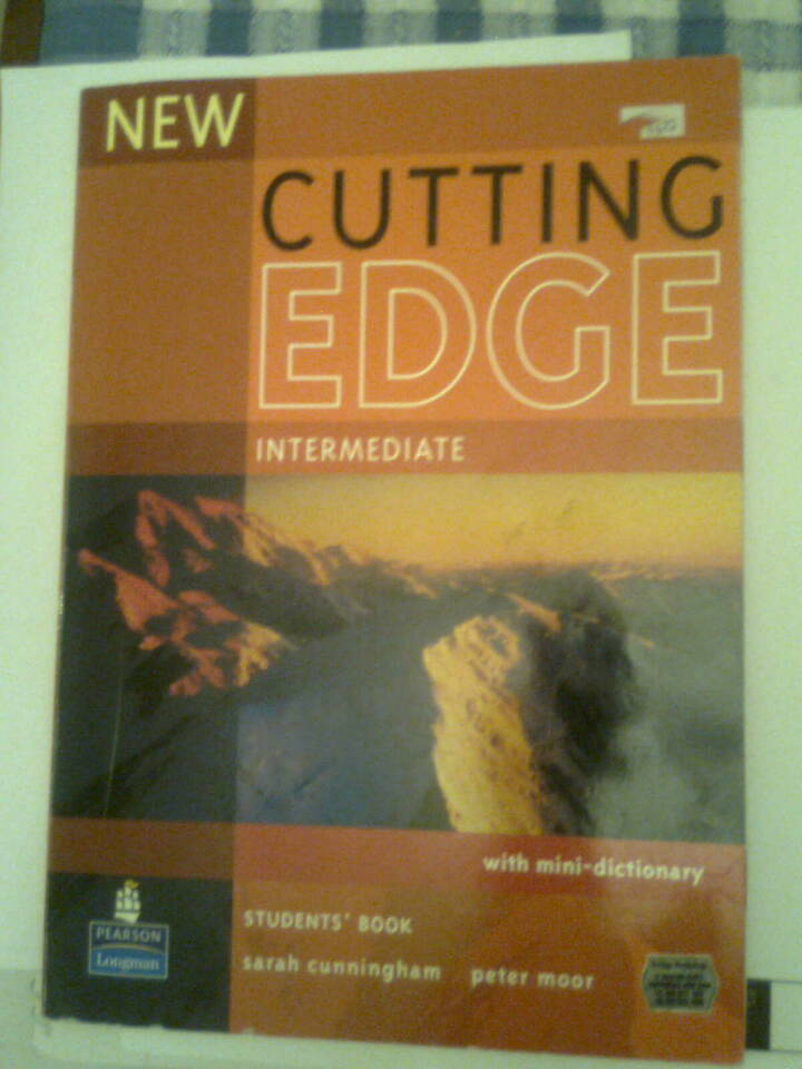 New Cutting Edge Intermediate Students Book