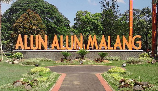 Alun-Alun Merdeka Kota Malang