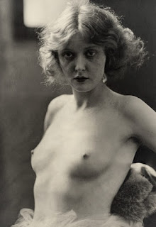 Mary Nolan Nude