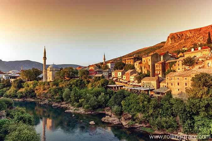 Travel tips to visit Mostar on a budget