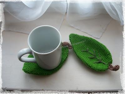 Dessous de tasses feuilles