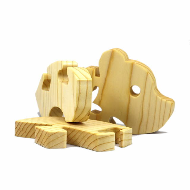 Handmade Wooden Puzzle Toy Baby Bear Easy Puzzle for Toddlers and Preschool Kids