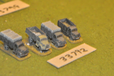 10mm WW2 / german - 4 trucks - vehicles (33792) picture 1