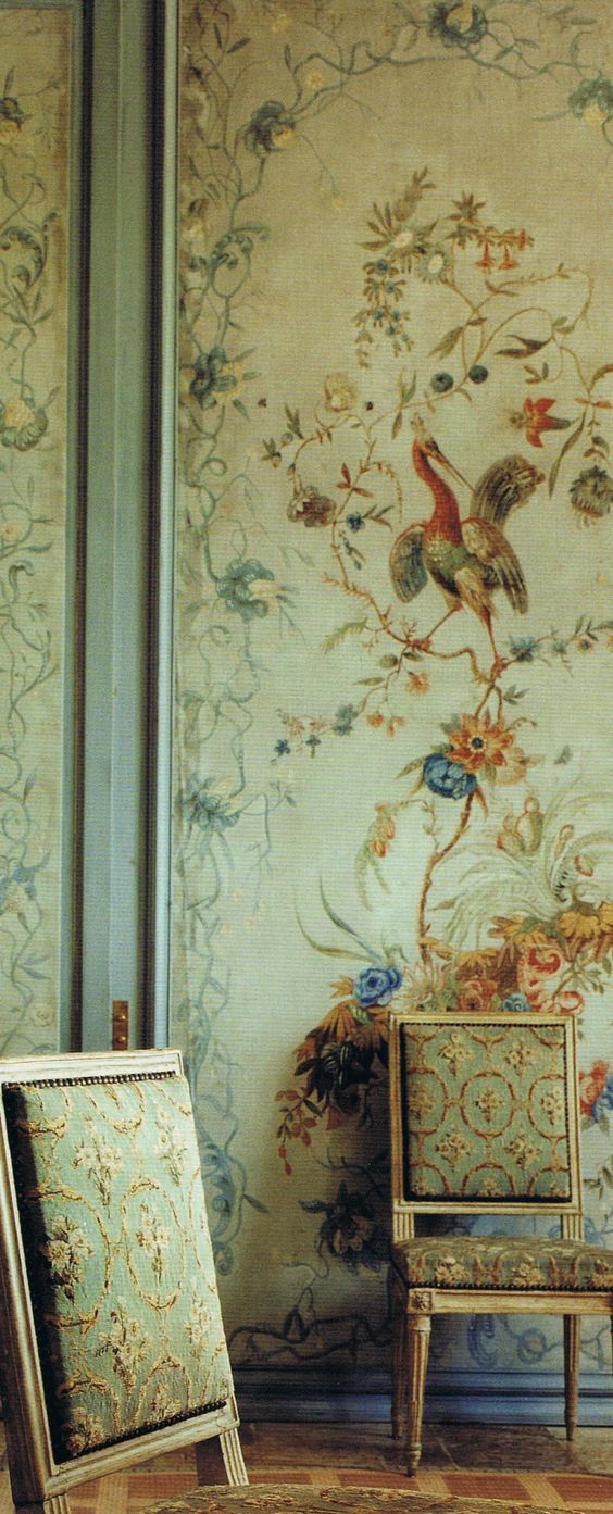 Wallpaper Decor Panel : French chinoiserie and how to add decor
