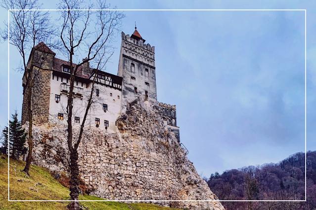 Foto do castelo de Bran, o Castelo do Conde Drácula.