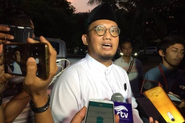 Dahnil Anzar Dikecam Netizen: Hargai Sikap Said Didu, Jangan Baper Bro!