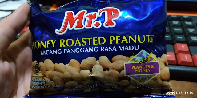 Mr P Honey Roasted Peanuts Review