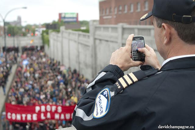 Manifestation, 2 juin 2012, Montréal [photos David Champagne]