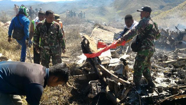 Nama 12 Kru Pesawat Hercules yang Jatuh di Wamena