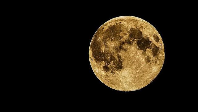 НАСА откри отломки на повърхността  на Луната