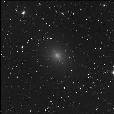 NGC 185 in luminance