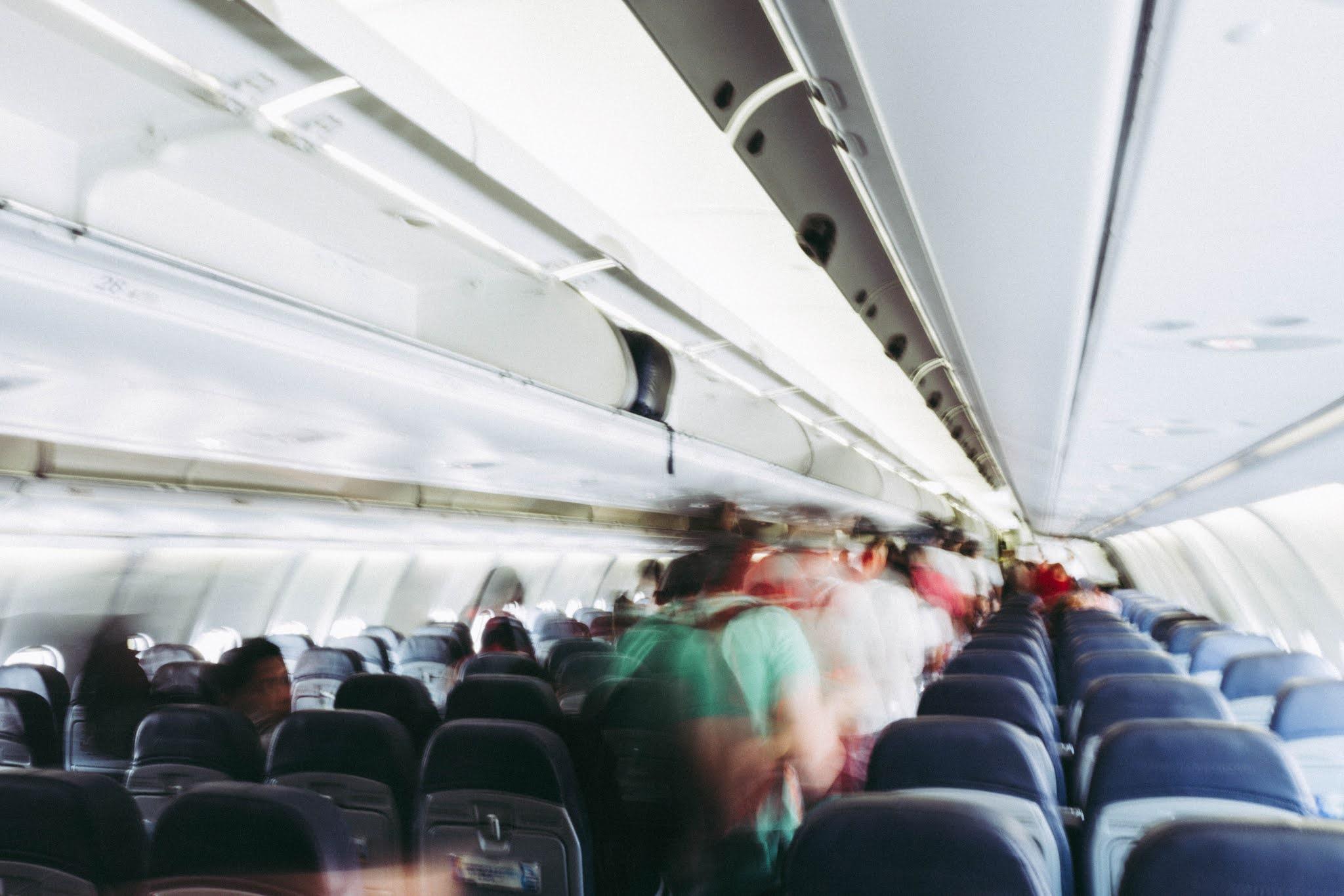 Corredor do avião
