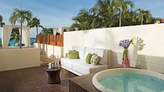 Dreams Sands Cancun Honeymoon features