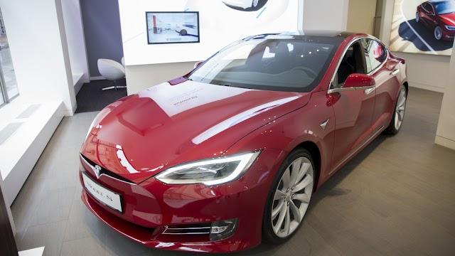 Magyarországra jön a Tesla! – Elkezdődött a munkavállalók toborzása