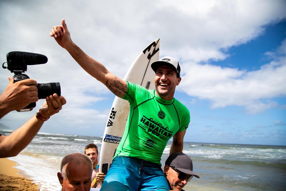 2018 Hawaiian Pro - Final Day Triple Crown of Surfing VANS