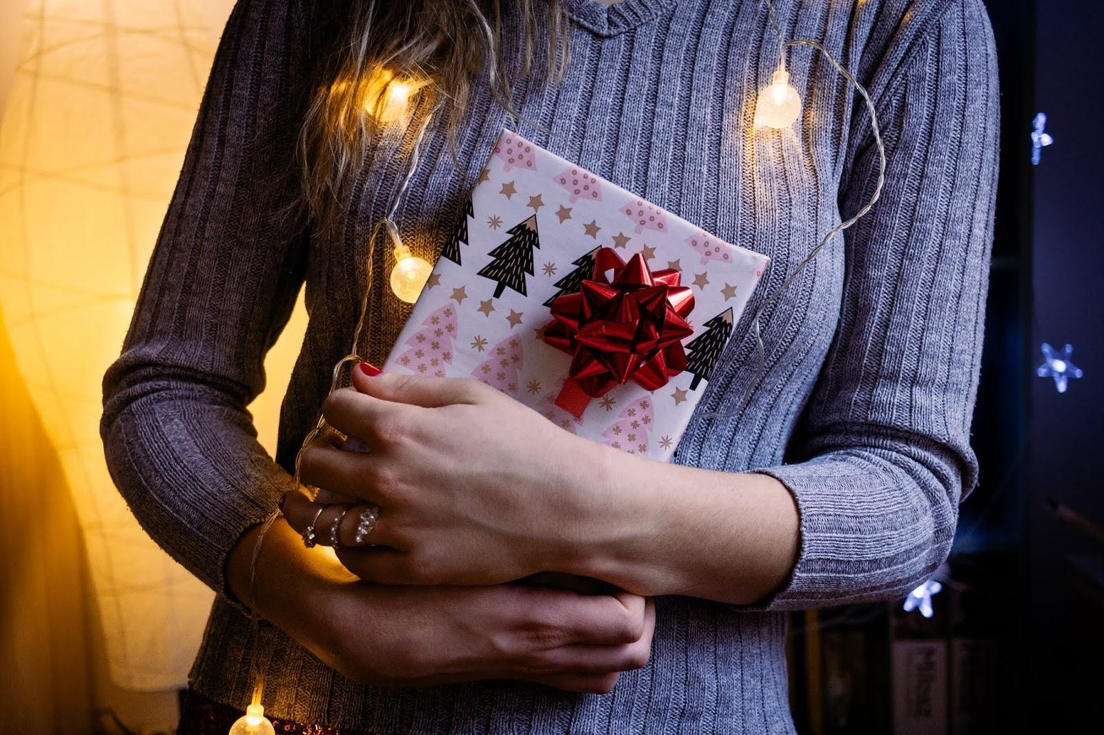 Świąteczna lista życzeń, czyli co kupić w prezencie?