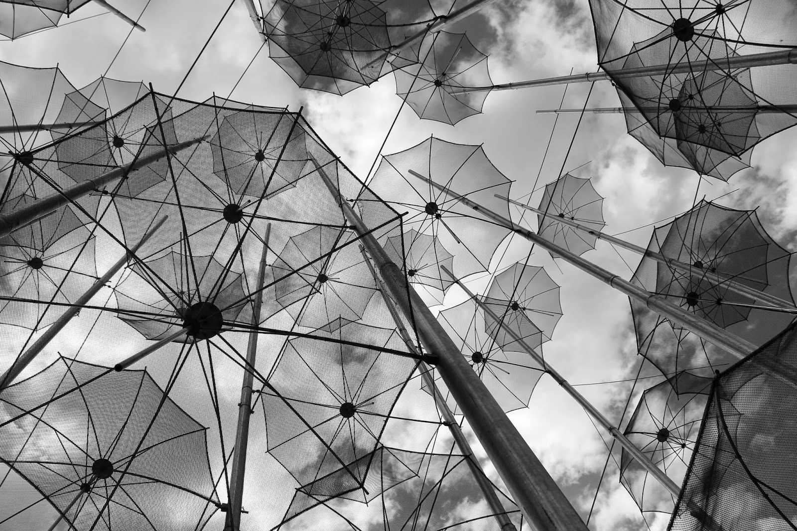 Artistic wallpapers black and white wallpapers city wallpapers free wallpapers travel wallpapers wallpapers
