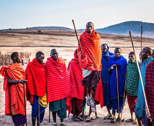 حبات الماساي: التفاعل بين أوروبا وأفريقيا