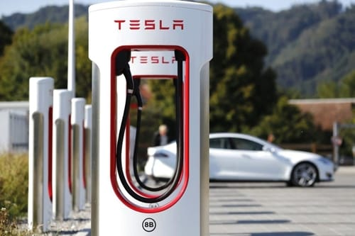 Tesla opens the largest charging station in the world