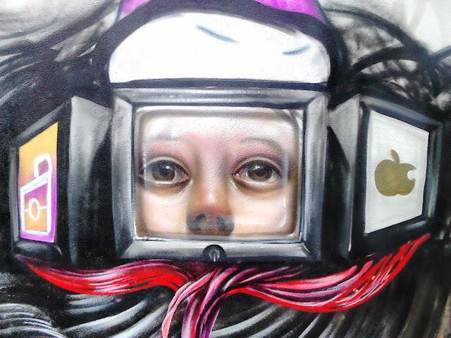 Niños, pantallas, efectos nocivos, graffiti