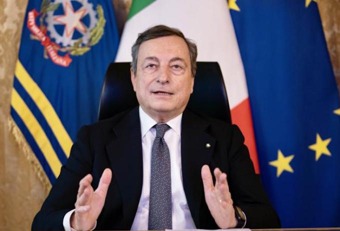 """Draghi: """"L'80% della popolazione vaccinata entro l'autunno"""""""