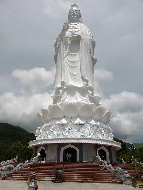 Lady Budha. Península de Son Tra