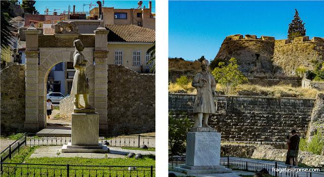 Estátua de Theodoros Kolokotronis, herói da Independência da Grécia, em Nafplio