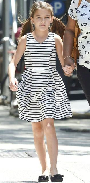 Suri Cruise Fashion Blog: July 2015: Suri out in NYC and ...
