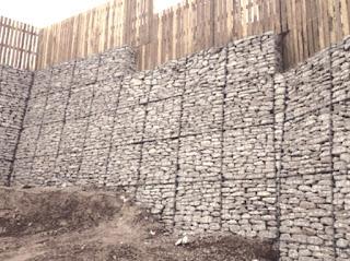 الجدران الاستنادية Gabion Retaining Walls