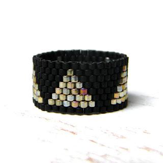 Кольцо из бисера - peyote ring