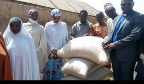 Mantap, Gereja di Nigeria Donasikan Makanan untuk Umat Muslim yang Berpuasa