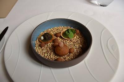 Mises en bouche restaurant le Gabriel (8 -ème), blog Délices à Paris.)