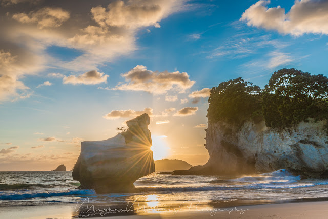 mares leg cove sunrise cathedral cove