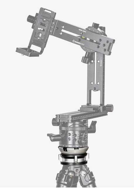Sunwayfoto DYH-68 Leveling Base with Panoramic Head