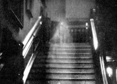 Brown Lady dari Raynham Hall