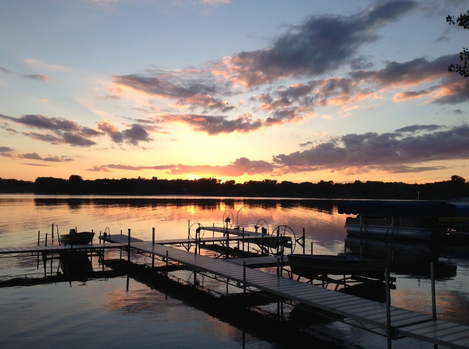 pelican lake Strand island is a 45 acre private island located on 11,000 acre pelican lake in orr, minnesota the 108 year old main cabin has 6 bedrooms, 2 baths, a stone fireplace and a huge porch.