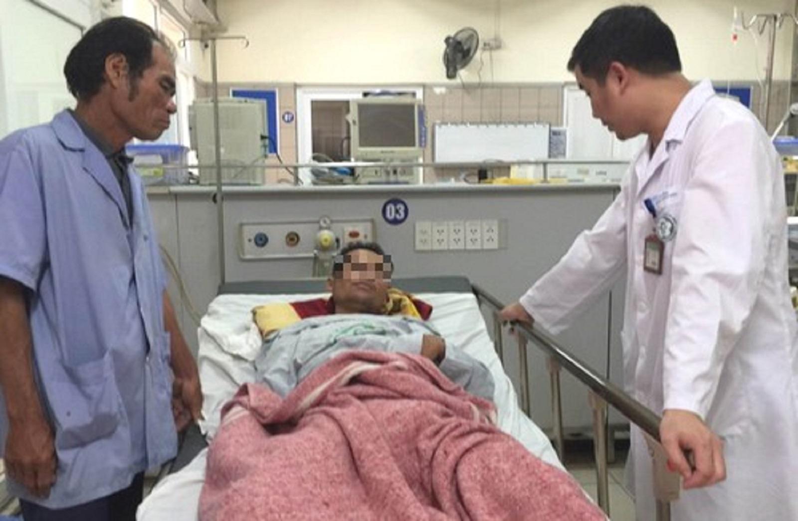 Nỗi ám ảnh của 9 sinh viên quê Gia Lai suýt chết do ngộ độc rượu methanol