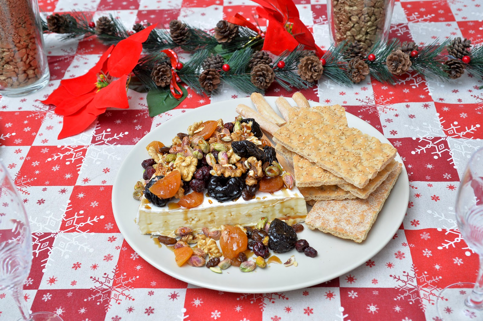 spain family traditions holidays customs baked brie dry fruit nuts