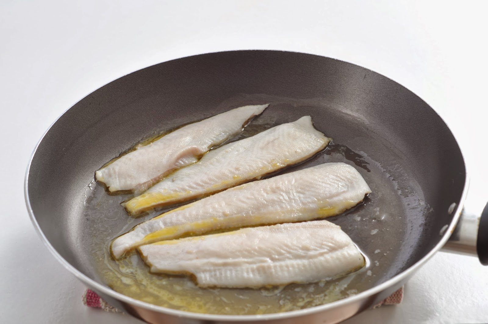 Fillets of Plaice with Fennel and Lemon Parsley Butter ~ Simple Food